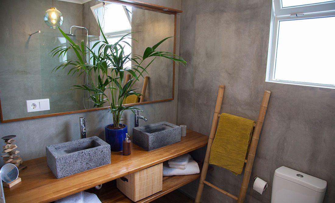 Two Bedroom Villa Sal Azores Stays bathroom details